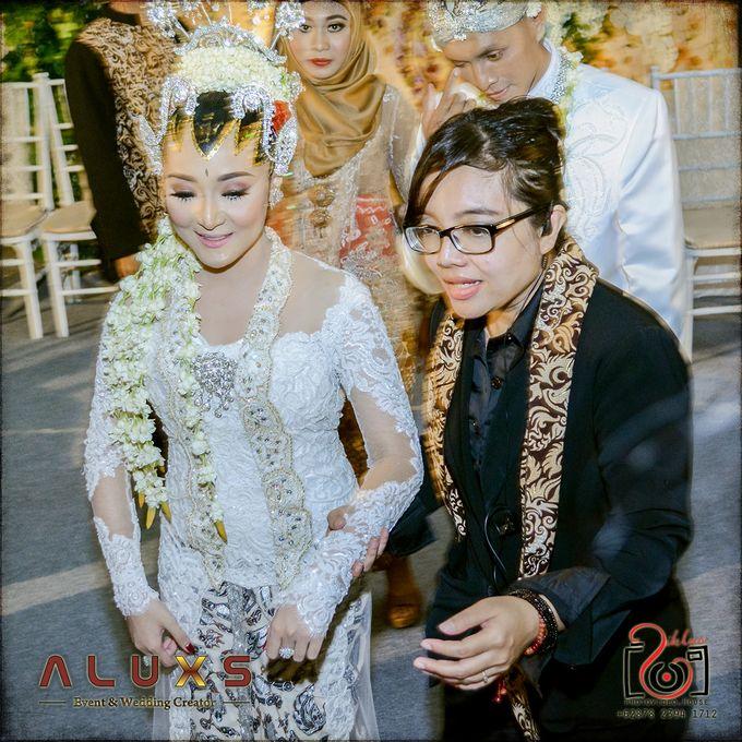 The Wedding of Santa & Khresna by Alux's Event & Wedding Creator - 005