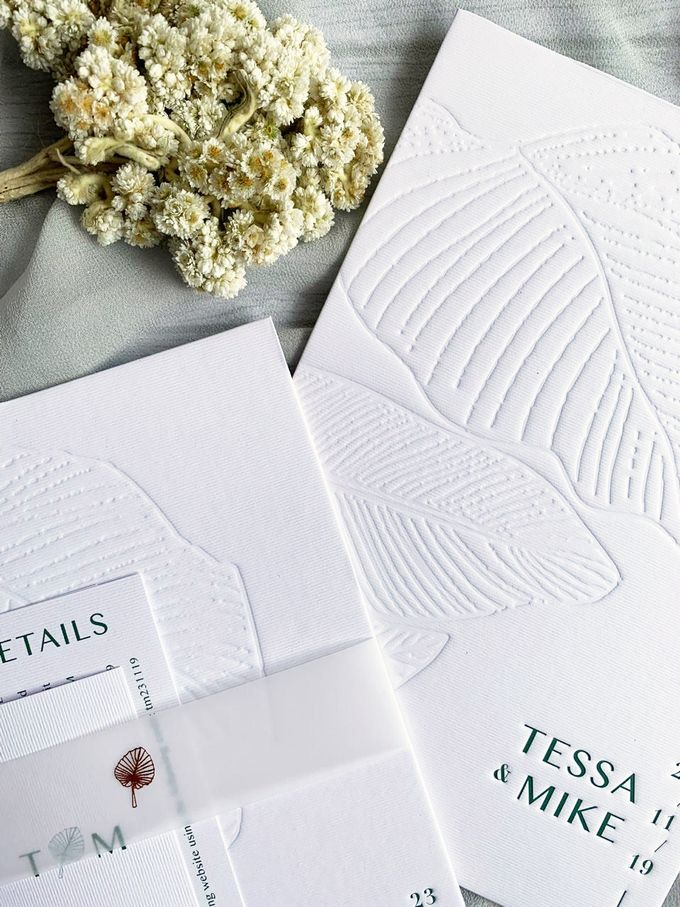 Modern Minimalist Tropical by Trouvaille Invitation - 005