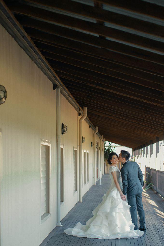 Ivan & Laviana Perth Wedding by Ian Vins - 035
