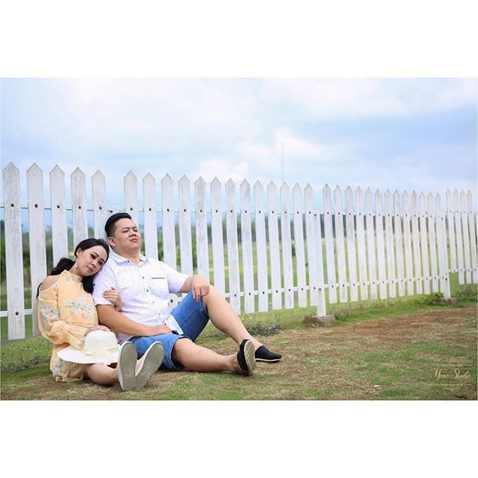 Prewedding Shoot 1 by Yonz Studio Photograph - 005