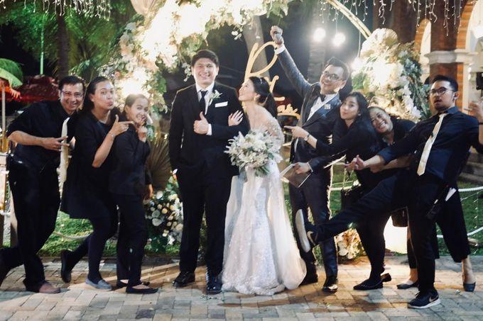 Rio & Lian Wedding by HENRY BRILLIANTO - 006