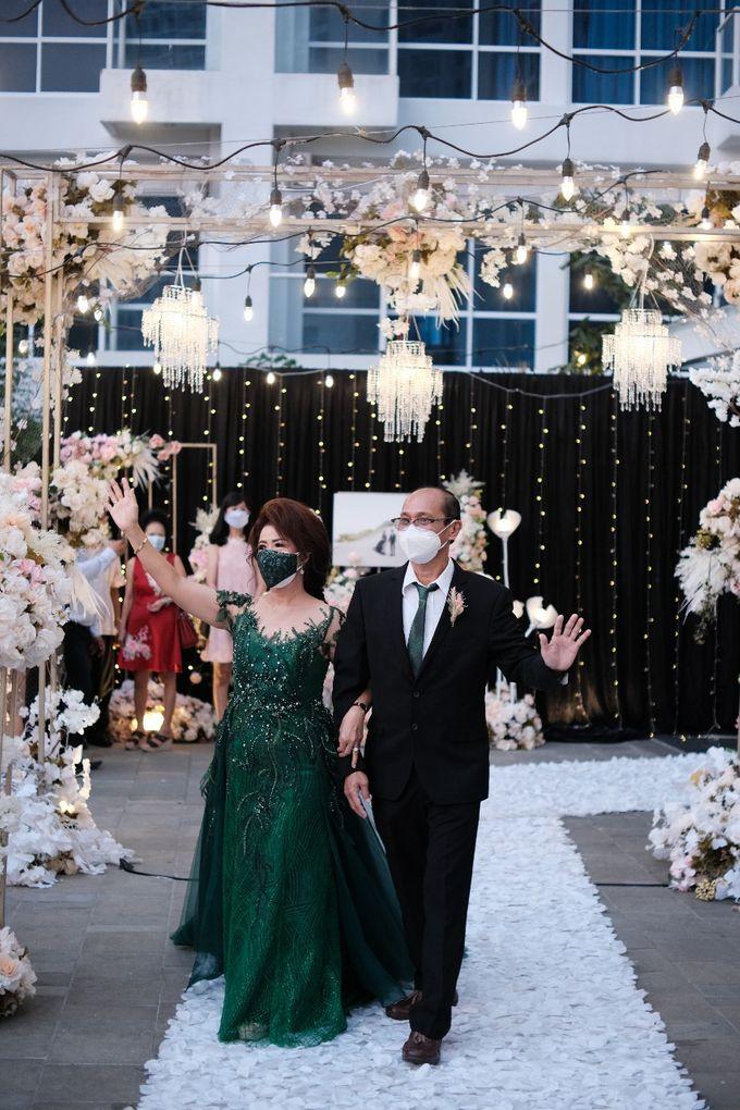 Wedding Of Pratama & Mayliana by Ohana Enterprise - 008