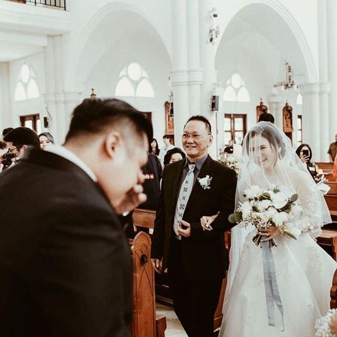 WEDDING OF DANIE AND CARLA SHERLITA by VEZZO STUDIO by Christie Basil - 002