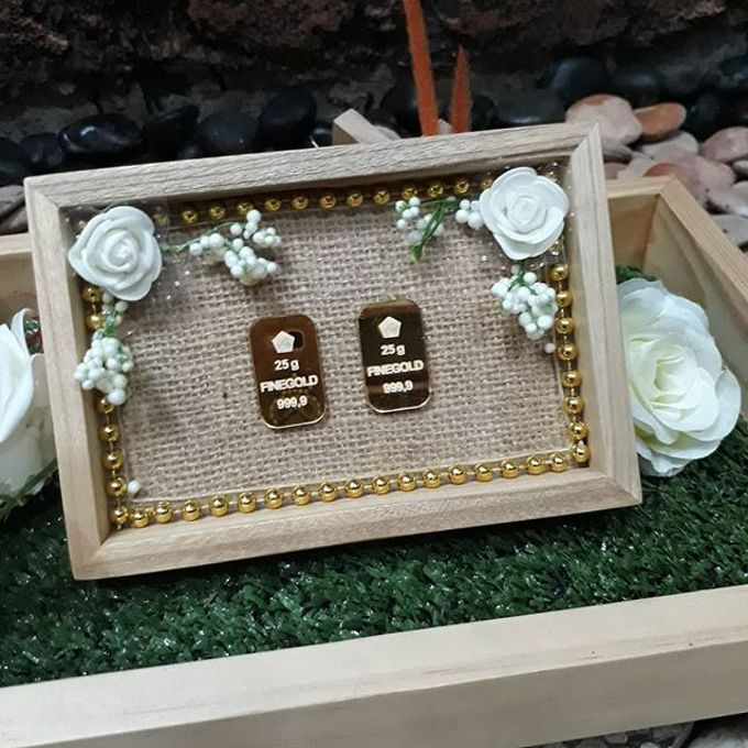 Rustic Tray - wooden by Freesia Seserahan - 001