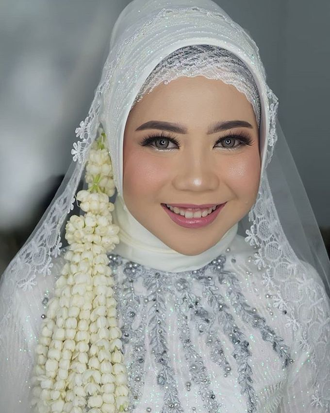 lita wedding by White Make Up and Hair Do - 006
