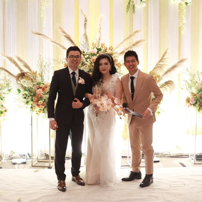 Lounge Jazz wedding band at Double Tree Jakarta by Double V Entertainment by Double V Entertainment - 006