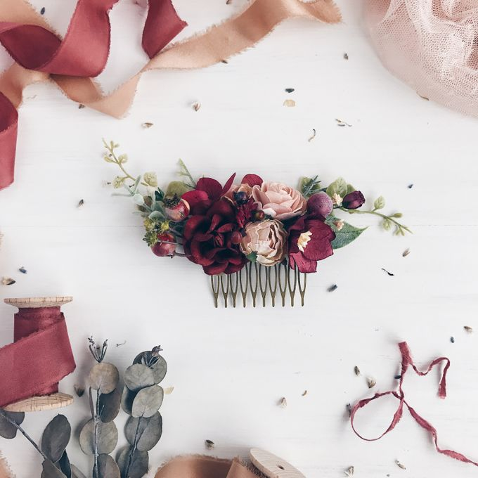 Flower hair comb by Serenity Wedding - 001