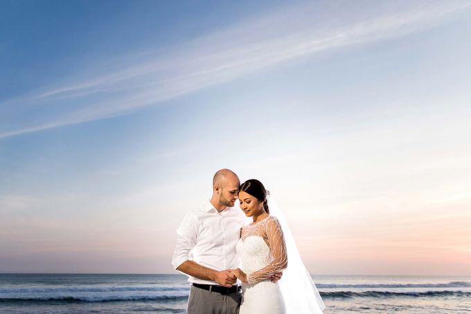 Phalosa Villa Bali Wedding - Ita & Phillip by Bali Pixtura - 025