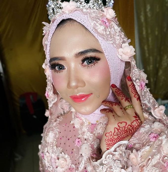 Bride Makeup by Desy Lestari Makeup - 003