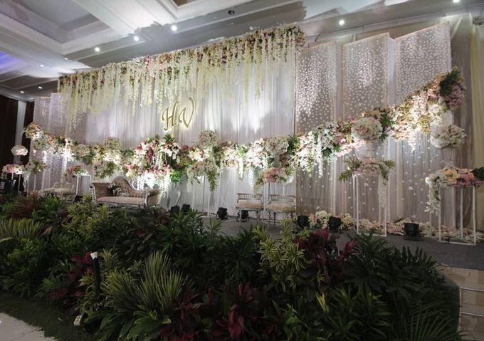 The Wedding of Vina Haqqi by Eden Design - 006