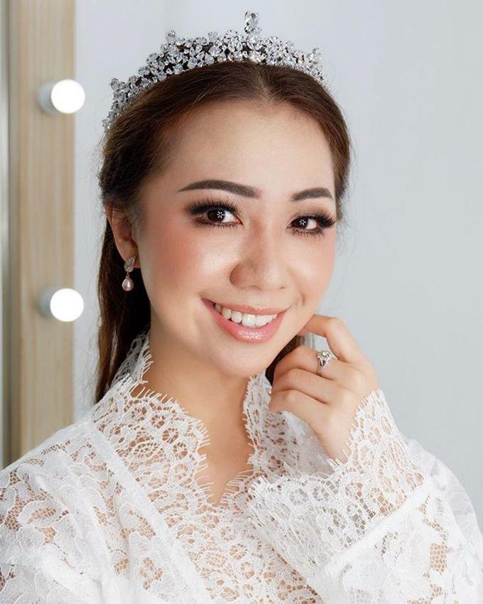 Headpiece & Crown by Ilona Headpiece & Crown - 004