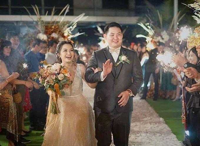 Wedding day by Lifetime Moment Organizer - 011