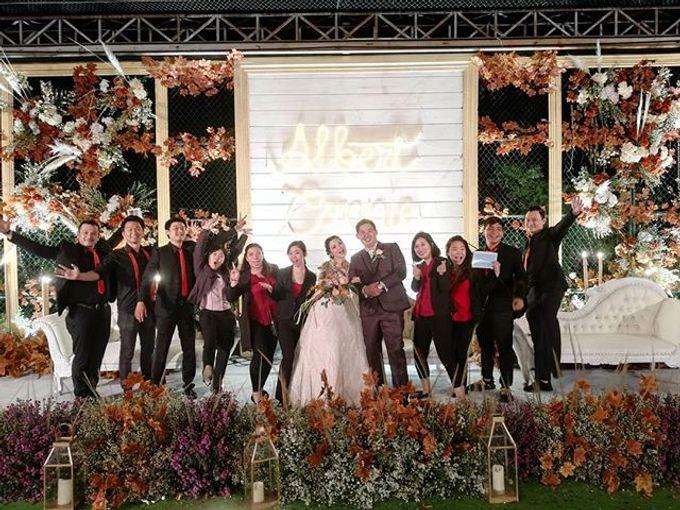 Wedding day by Lifetime Moment Organizer - 010