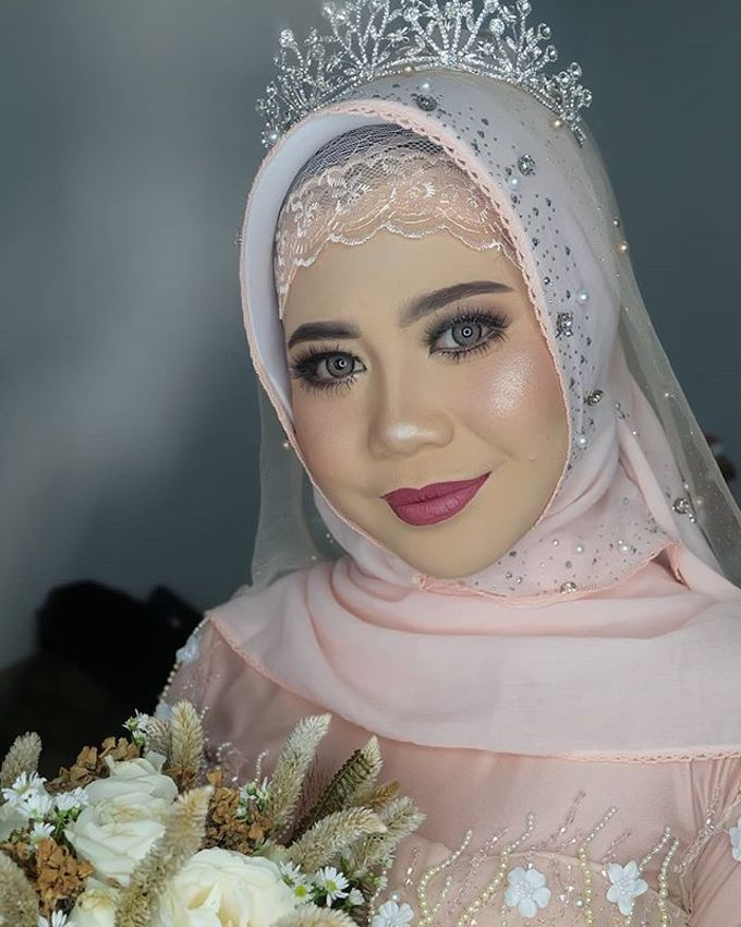 lita wedding by White Make Up and Hair Do - 005