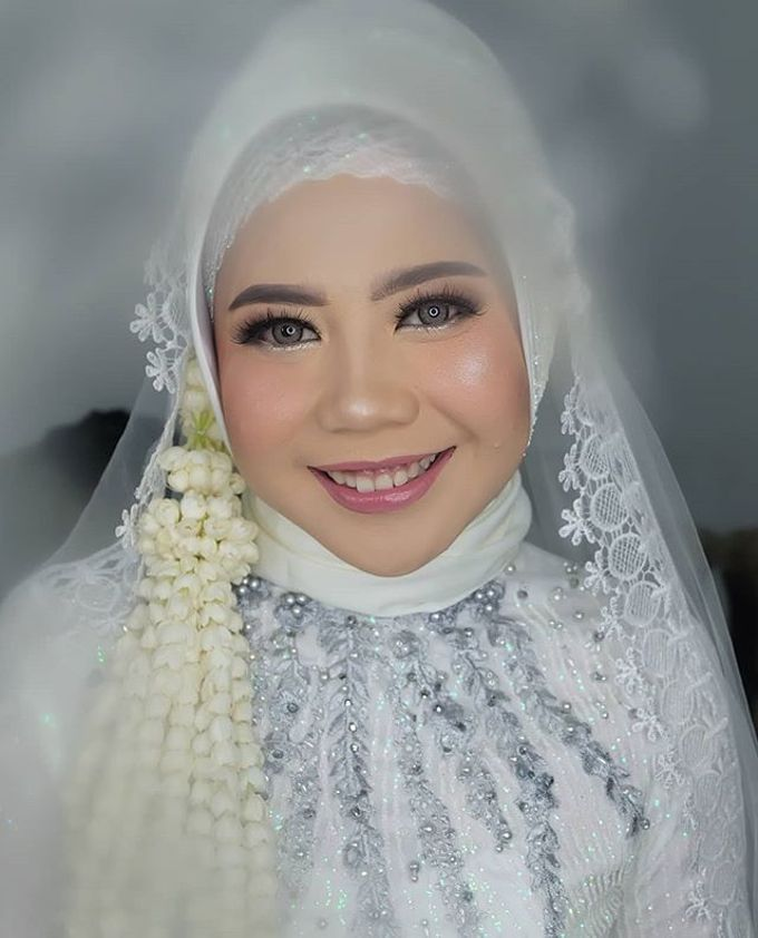 lita wedding by White Make Up and Hair Do - 007