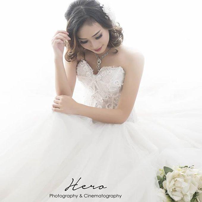 Prewedding Indoor And Semi Outdoor by Herophotography - 023