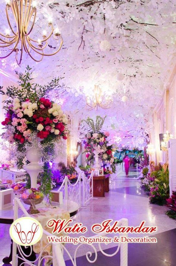 tema Padang dipadu dengan ukiran maroko by Watie Iskandar Wedding Decoration & Organizer - 004