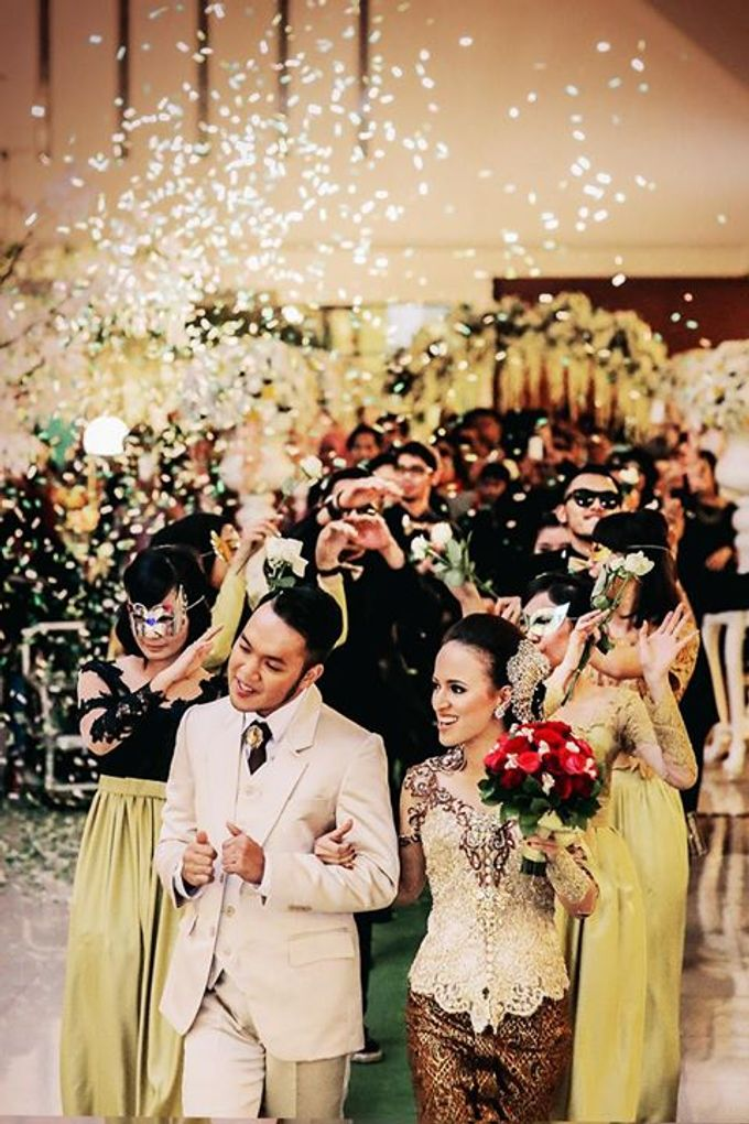 Extra Ordinary Traditional Wedding | Damar + Selly | by YSD by YSD Photography - 003