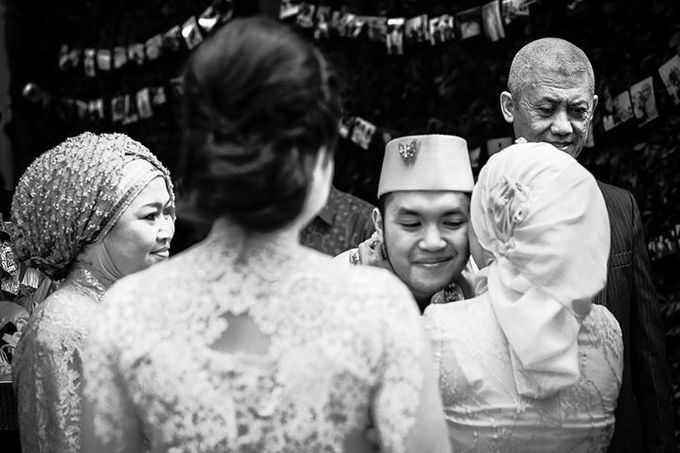 Extra Ordinary Traditional Wedding | Damar + Selly | by YSD by YSD Photography - 014