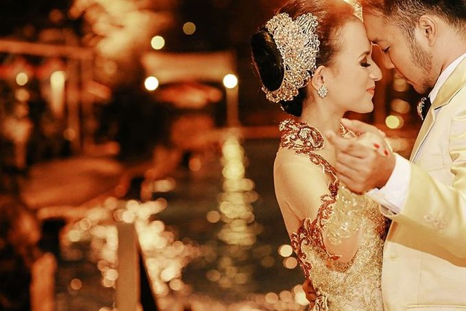 Extra Ordinary Traditional Wedding | Damar + Selly | by YSD by YSD Photography - 039