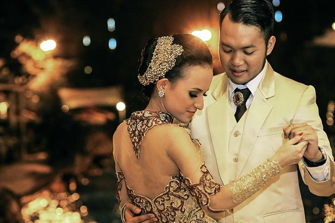 Extra Ordinary Traditional Wedding | Damar + Selly | by YSD by YSD Photography - 040