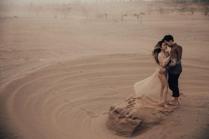 PRE - WEDDING DERIAN & GRACE BY RIO YAPARI by All Seasons Photo - 045