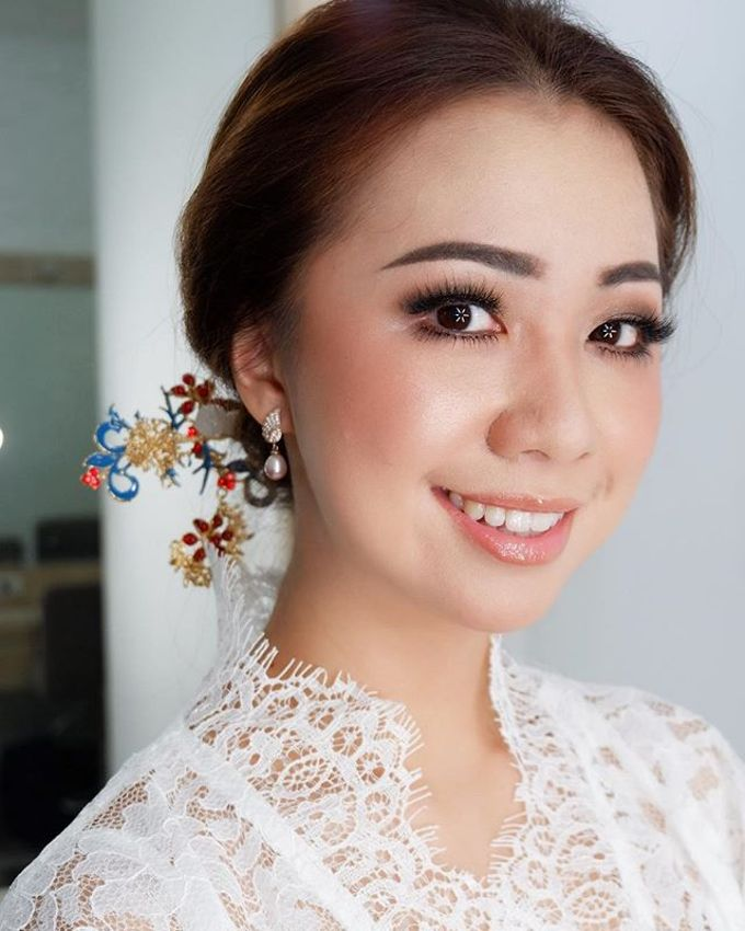 Headpiece & Crown by Ilona Headpiece & Crown - 007