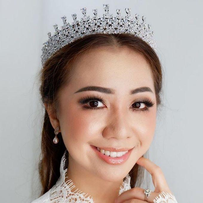 Headpiece & Crown by Ilona Headpiece & Crown - 005