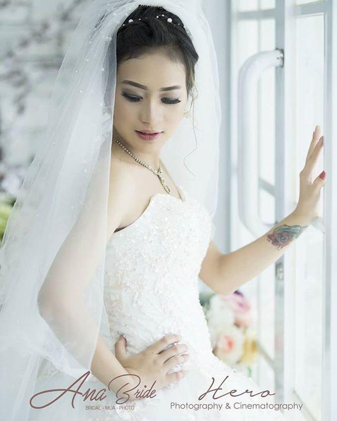 Prewedding Indoor And Semi Outdoor by Herophotography - 026