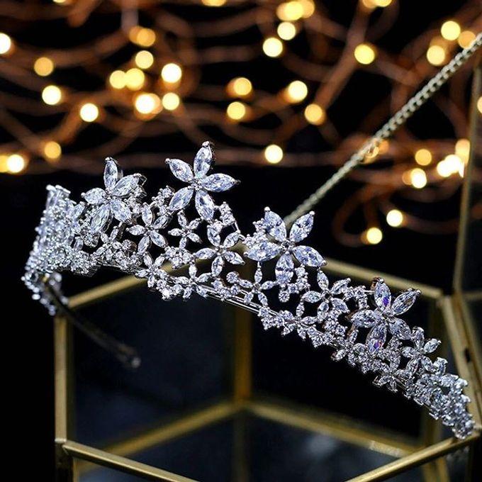 Headpiece & Crown by Ilona Headpiece & Crown - 003