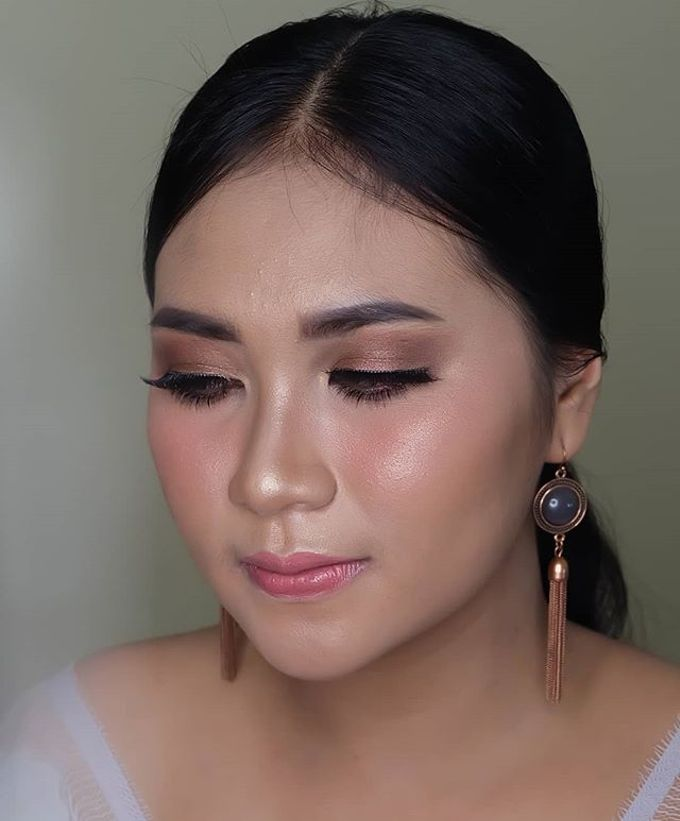 engagement makeup by White Make Up and Hair Do - 005