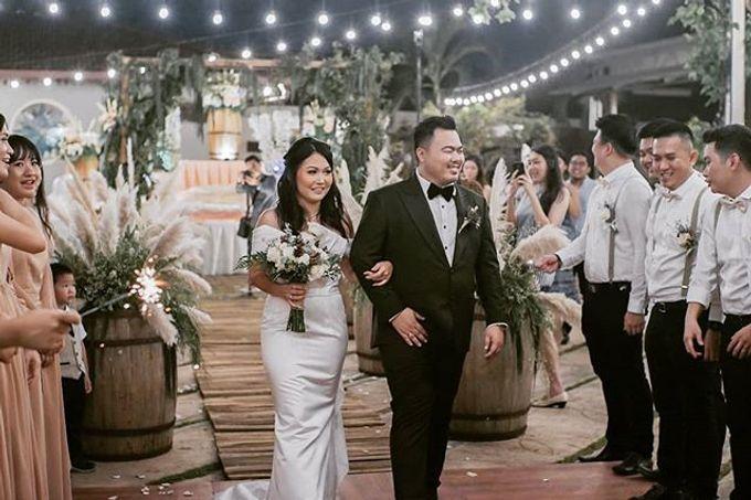 Wedding day by Lifetime Moment Organizer - 006