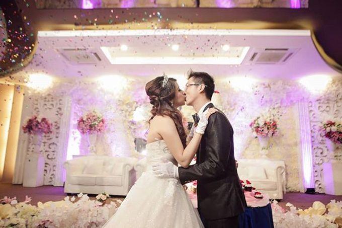 Wedding day by Lifetime Moment Organizer - 005
