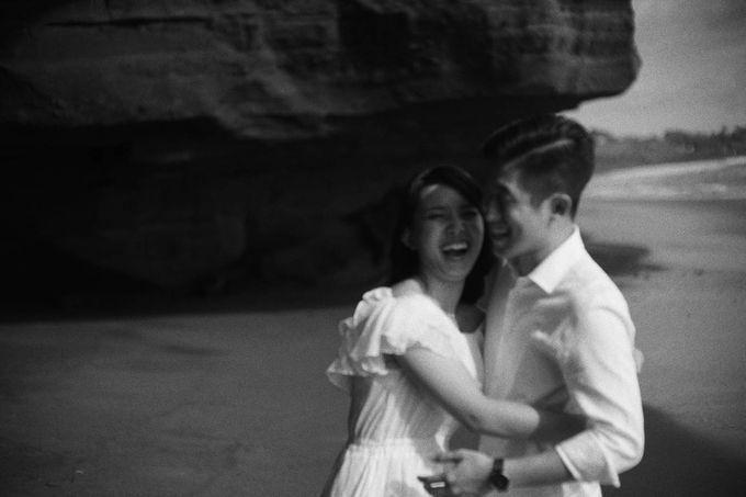 Kristi & Yonathan Prewedding by AKSA Creative - 005