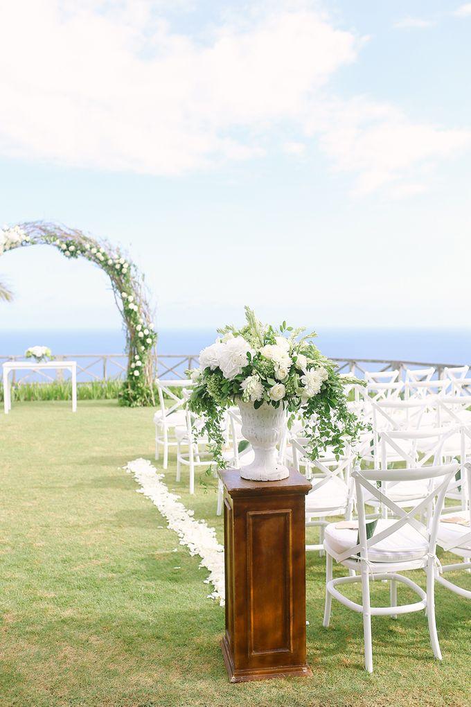 Organic Elegance in Seventh Heaven by Hari Indah Wedding Planning & Design - 021