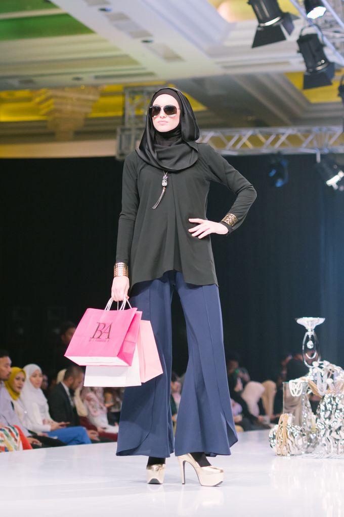 Kuala Lumpur Fashion Night 2017 by Fern.co - 042