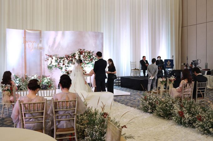New Normal Wedding Jazz Entertainment at Sheraton Jakarta - Double V entertainment by LeNovelle Cake - 007