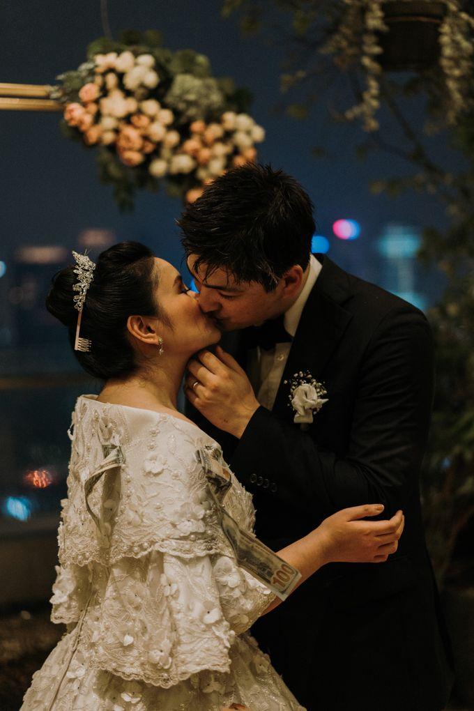 Nicole & Daniel Wedding at Menara Imperium by AKSA Creative - 049