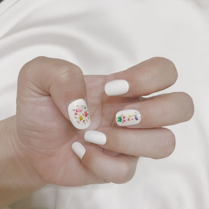 Dinar Wedding Nails by PONINONI NAILS - 005