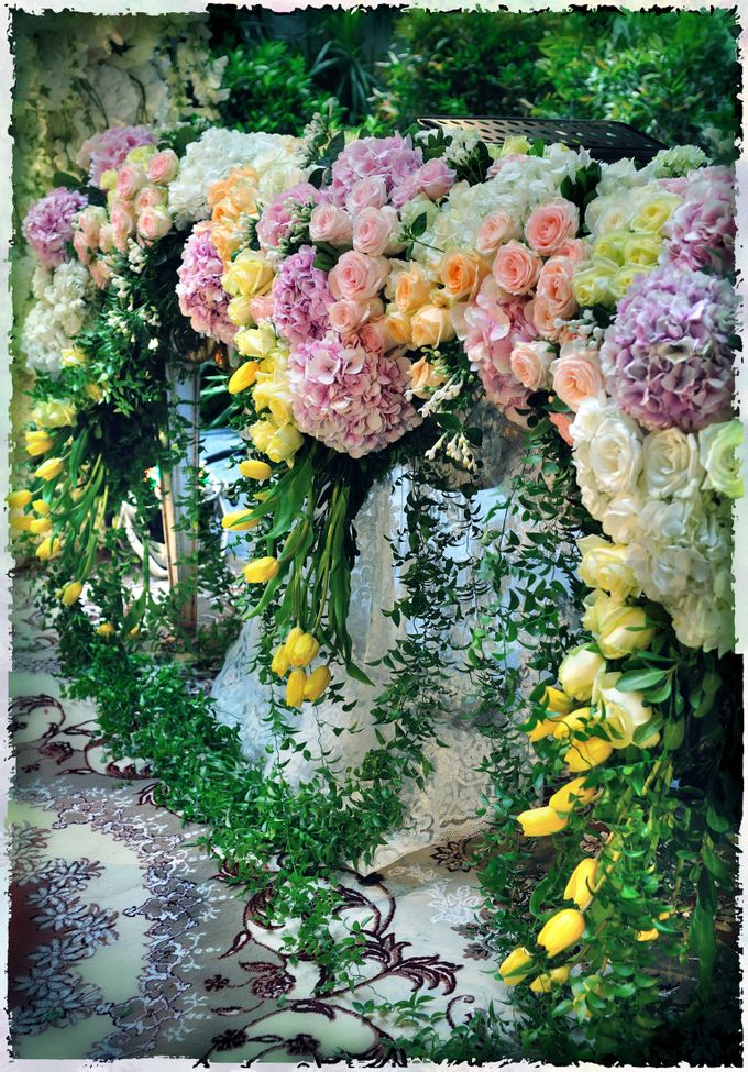 The Enchanted Forest by Flora Lines Decoration - 001