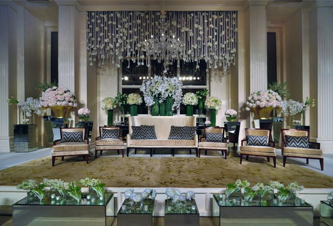 Elegant Simplicity by Flora Lines Decoration - 003