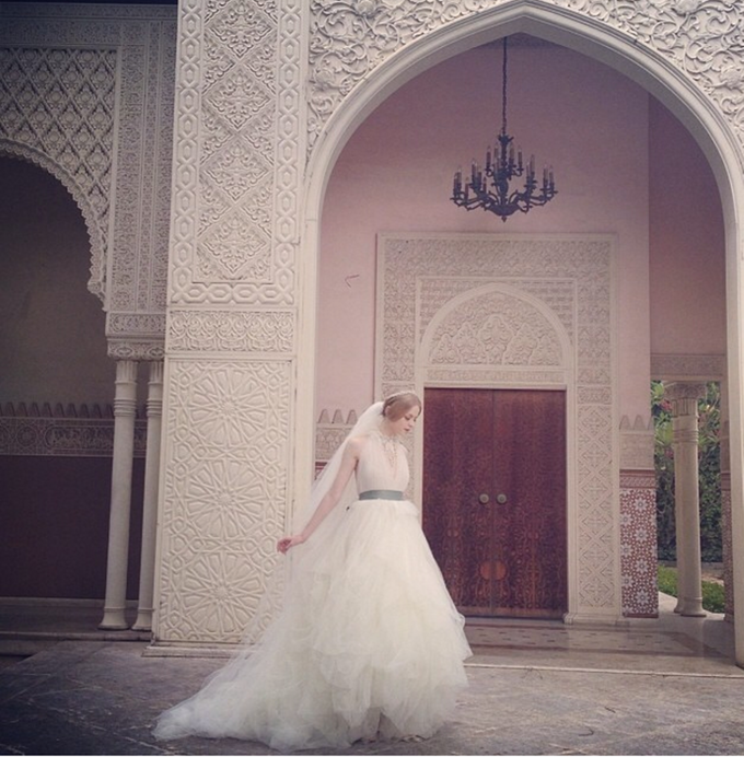 WEDDING DRESS by Cinobi - 005