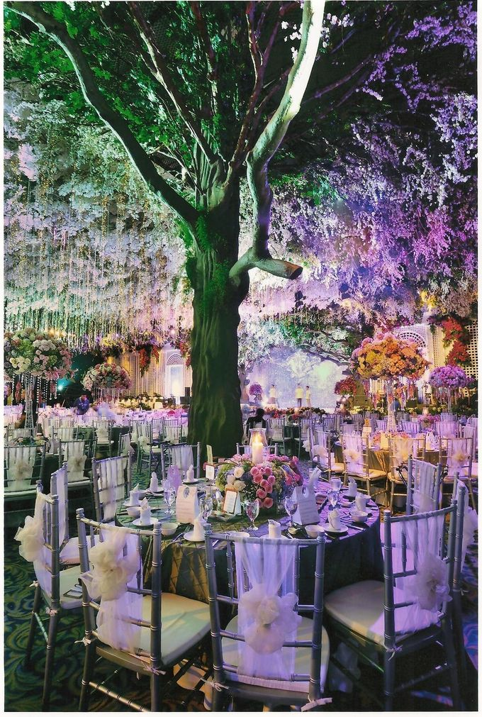 Wedding decoration surabaya grand city by suryanto decoration add to board wedding decoration surabaya grand city by suryanto decoration 006 junglespirit Gallery