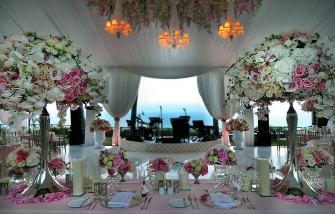 Romantic Blush Wedding in Bali by Flora Lines Decoration - 001