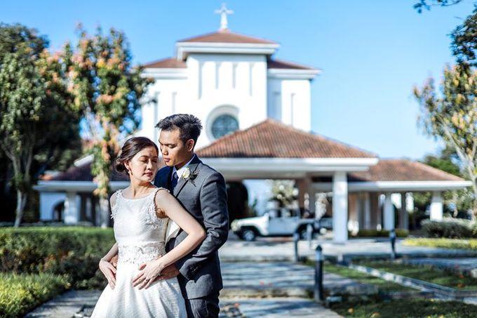 Dra  Godfrey and Dra  Kamille Tagaytay Wedding by MIC MANZANARES PHOTOGRAPHY - 002
