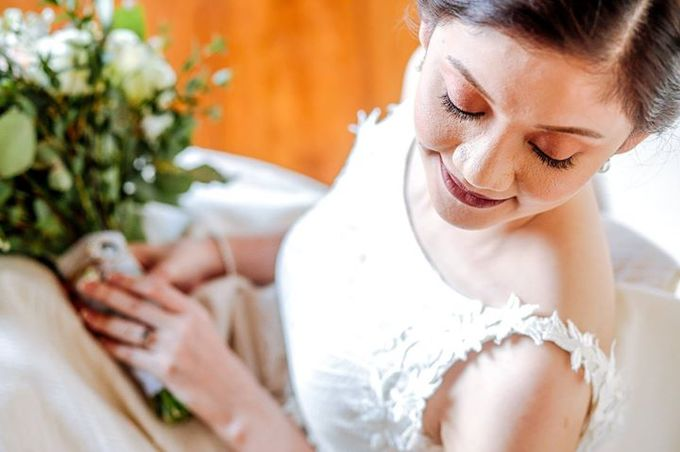 Dra  Godfrey and Dra  Kamille Tagaytay Wedding by MIC MANZANARES PHOTOGRAPHY - 021