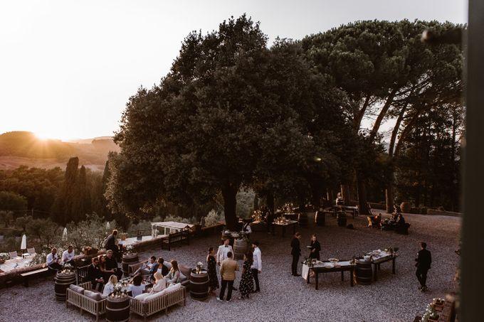 Alternative Wedding in Tenuta Mocajo in Tuscany  Italy by Fotomagoria - 045
