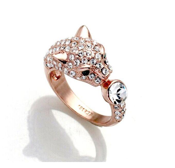 Classy, elegant jewellery items by Toko Kurio - 023
