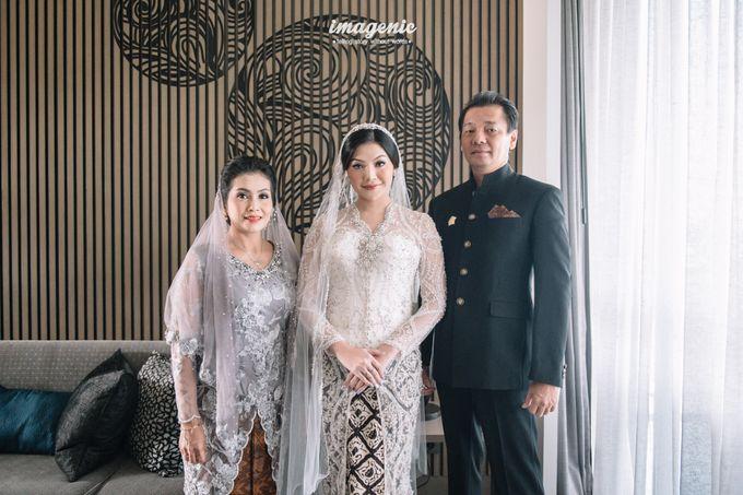 Eva & Fikriel Wedding by Petty Kaligis - 012