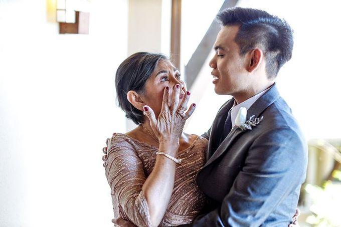 Dra  Godfrey and Dra  Kamille Tagaytay Wedding by MIC MANZANARES PHOTOGRAPHY - 034